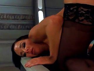 मशीन एक गर्म गर्म मुश्किल है, कई फुहार orgasms.hd fucks