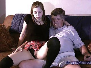 chelcee क्लिफ्टन उसके चाचा मैट नहीं fucks