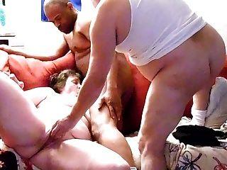 दोपहर में सेक्स के साथ एक बीबीसी hubbie में मिलती है