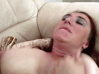 संचिका प्राकृतिक परिपक्व माँ अपने बेटे को नहीं fucks