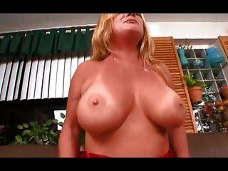 सामन्था ली माली fucks