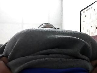 बड़ा titty काम पर titties दिखा काली औरत ... फिर