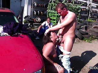 जर्मन milf माँ युवा लड़के द्वारा आउटडोर बकवास करने के लिए sedcue