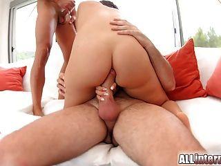 अच्छा स्तन के साथ Allinternal बिली एक creampie हो जाता है