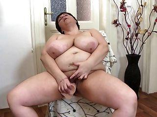 सेक्सी परिपक्व माताओं एक अच्छा बकवास की जरूरत