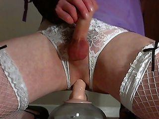 ट्रिपल संभोग अधोवस्त्र में एक dildo कमबख्त :)