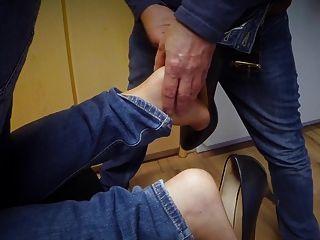 पैर बुत 2