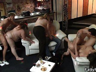 मोटा लड़कियों के साथ बड़ी पार्टी सेक्स