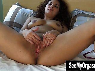 उसकी योनी हस्तमैथुन मीठा माया
