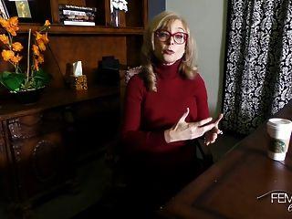 नीना हार्टले साक्षात्कार बीटीएस
