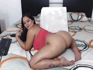 सेक्सी कोलम्बियाई लैटिना परफेक्ट अच्छा गधा!
