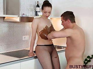 संचिका चॉकलेट और titty में कवर बफी गड़बड़