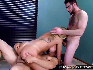 सेक्सी बड़े titted milf रयान कोनर हो रही है उसे डॉक्टर से डीपी