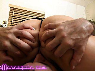 मेरी सेक्सी गोरा दोस्त रॉक्सी Rox के साथ क्लब के बाद सेक्स