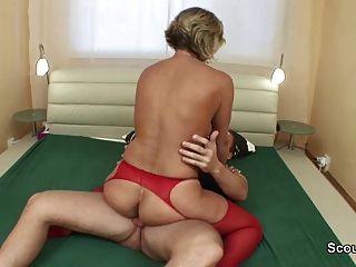 जर्मन माँ कट्टर बकवास करने के जवान से जाग