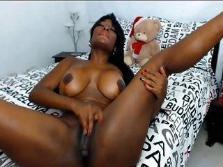 गर्म आबनूस लैटिना बड़ा गधा और स्तन वेब कैमरा शो