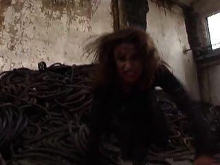 पिशाच वासना - कट्टर अश्लील संगीत वीडियो वहशी तेल से सना हुआ नाच