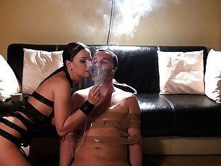 धूम्रपान, Handjobs और बकवास