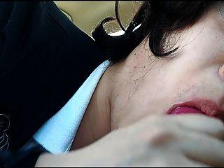 यात्री सीट में सिर दे