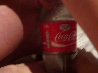 एक कोक का आनंद