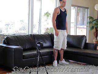 HD gaycastings - बड़ा डिक विनी एक अभिनेता बनना चाहता है