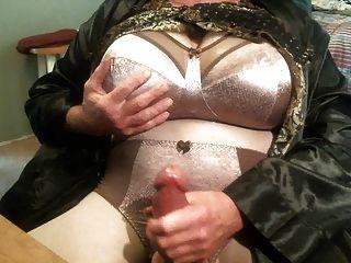 मेरी नई ब्रा और pantie सेट दिखा।