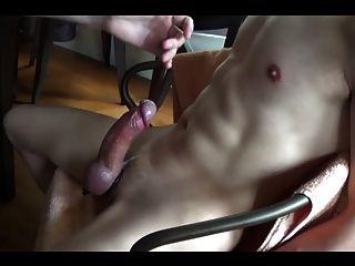बंधन कुर्सी में और अधिक से अधिक orgasms को बर्बाद कर दिया
