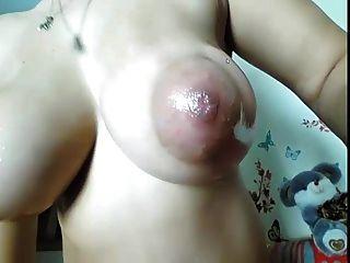 मेगा स्तन निकट अप
