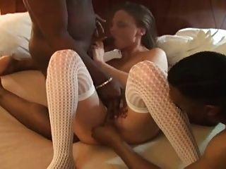 शौकिया पत्नी दो काले स्टड fucks