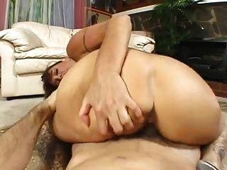 बड़े स्तन परिपक्व गड़बड़ हो रही है