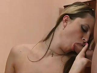 Bisex - झोंके स्तन लेस्बियन पट्टा पर MMF यूके चेहरे
