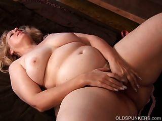सुपर सेक्सी परिपक्व गोरा BBW एक बहुत गर्म बकवास है
