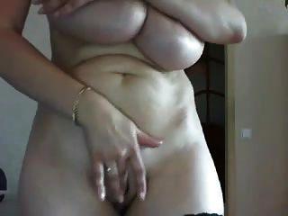 saggy स्तन रूस