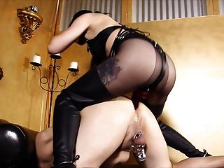 श्यामला देवी व उसके गुदा वेश्या