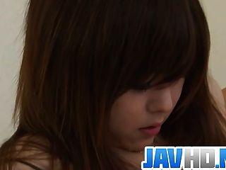 जापानी सुंदरता बुरा कार्रवाई में उसे गीला बिल्ली खुर