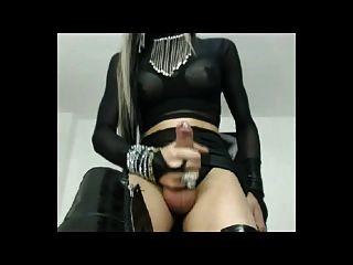 Domina उसकी XXL मुर्गा wanking ... और cums!
