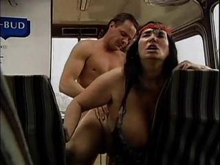 विशाल स्तन मैकेनिक 3 द्वारा गड़बड़ के साथ बदसूरत नानी