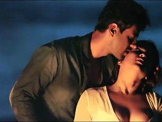 देसी भारतीय अभिनेत्री mannara चोपड़ा नग्न सेक्स scandel