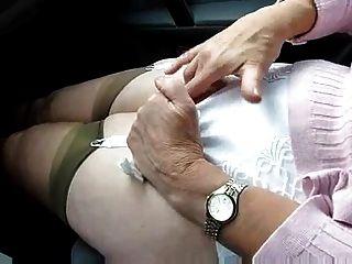 कार खेलने पत्नी (अगले प्रकरण)