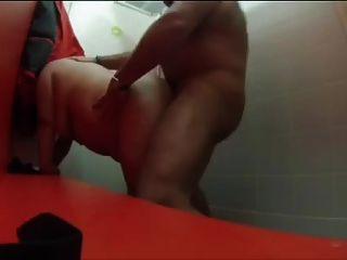 पूल तैराकी बदलते कमरे में सेक्स