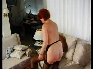जर्मन परिपक्व बीबीडब्ल्यू Kira लाल भारी काला मुर्गा द्वारा गड़बड़