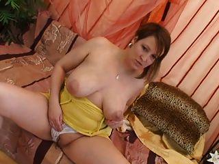 titmania - विशाल स्तन 1