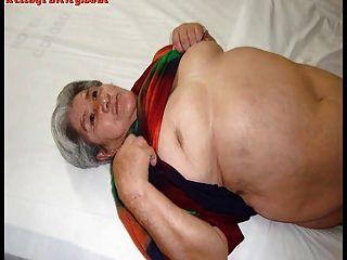 बड़े स्तन और बड़े गधे के साथ पुराने लैटिना शौकिया दादी