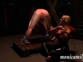 एक महिलाओं का दबदबा दास के रूप में 30 मिनट - monicamilf रों तहखाने के अंदर