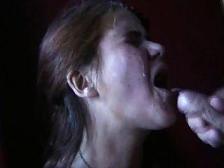 मैं अपने मुंह में माँ की कोशिश करेगा