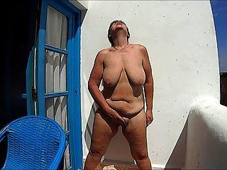 मोरक्को में हस्तमैथुन।