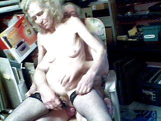 Josee पुराने कुतिया एक बहुत पुराने महिलाओं 4 सेक्स