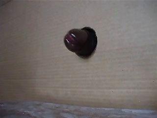 काटा हुआ बीबीसी एक gloryhole के माध्यम से एक Nutt bustin