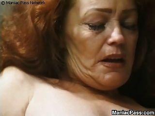 longhaired दादी सेक्स आनंद मिलता है