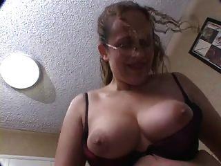 परिपक्व महिला कट्टर सेक्स creampie